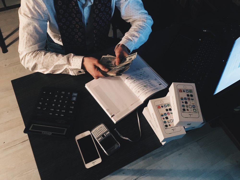 accounting-adult-banknotes-210990